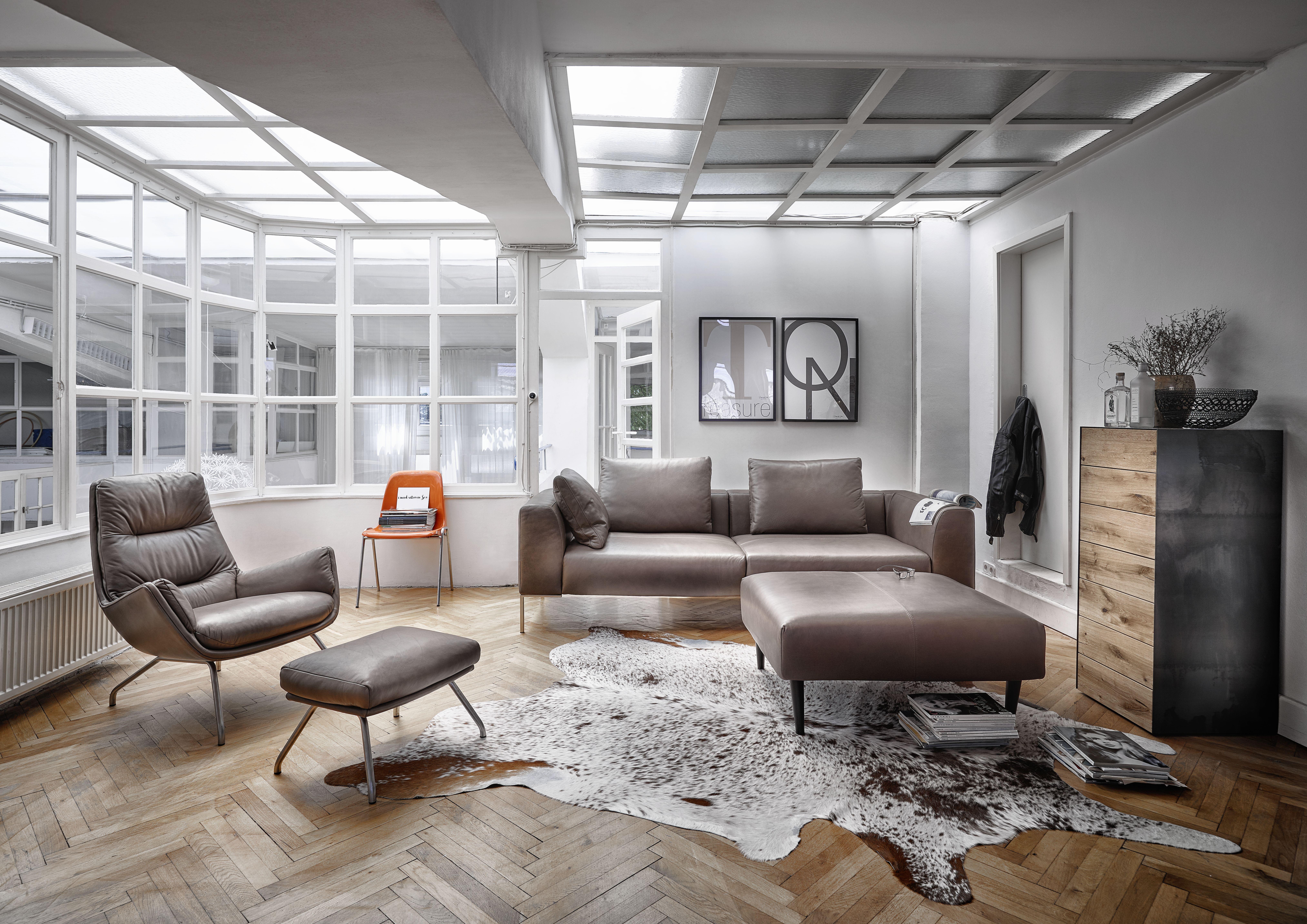 Exklusive Wohnzimmermöbel ~ Hier haben alle platz.#wohnzimmer #couch #sofa wohnzimmer pinterest