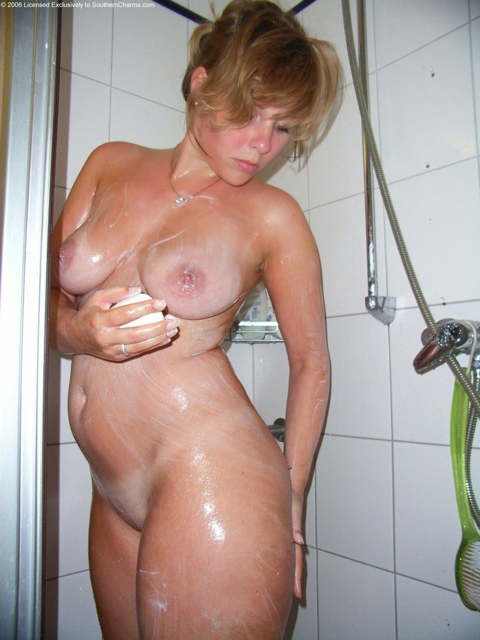 Milf natural naked mature women