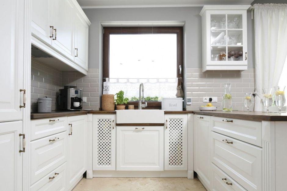 Szare ściany w kuchni ciekawe aranżacje wnętrz  zdjęcie