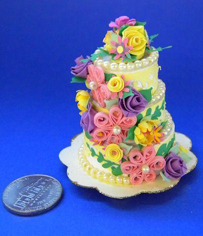 Layered dyke cake - 4 6
