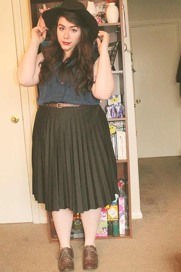 24339db748 Blouse-Vinted, size XL Skirt-Poshmark, size XL Oxfords-Thrift, size 9.5 Hat- Vinted You can follow my here and my fashion blog.