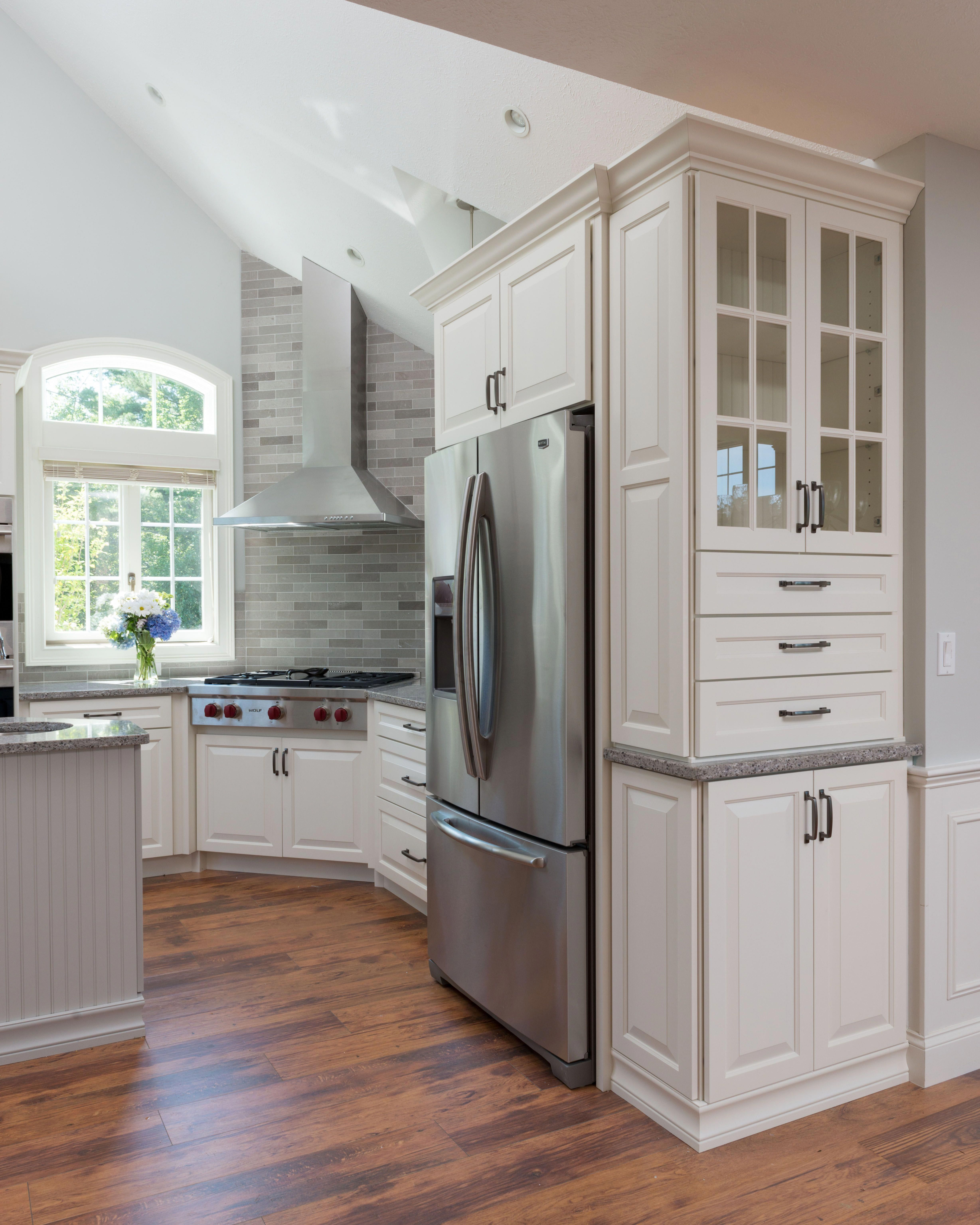 Make Sure You Visit Our Domain For Lots More Pertaining To This Wonderful Photo Rustickitc Kitchen Cabinet Design Kitchen Design Small Custom Kitchen Cabinets