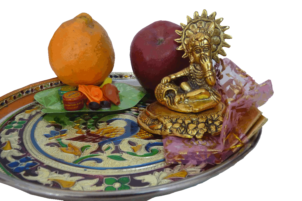 Explore the range of Tambulya gifts collection. Gold
