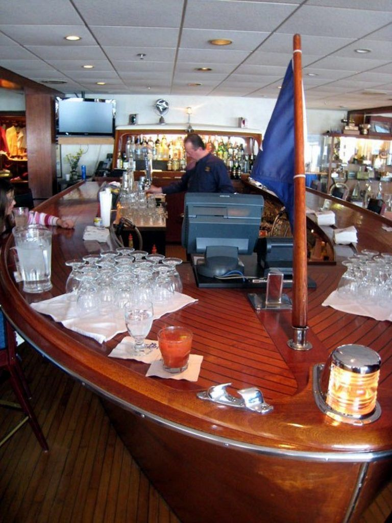 10 Amazing Ways To Repurpose Old Boats Boat Bar Old Boats Boat