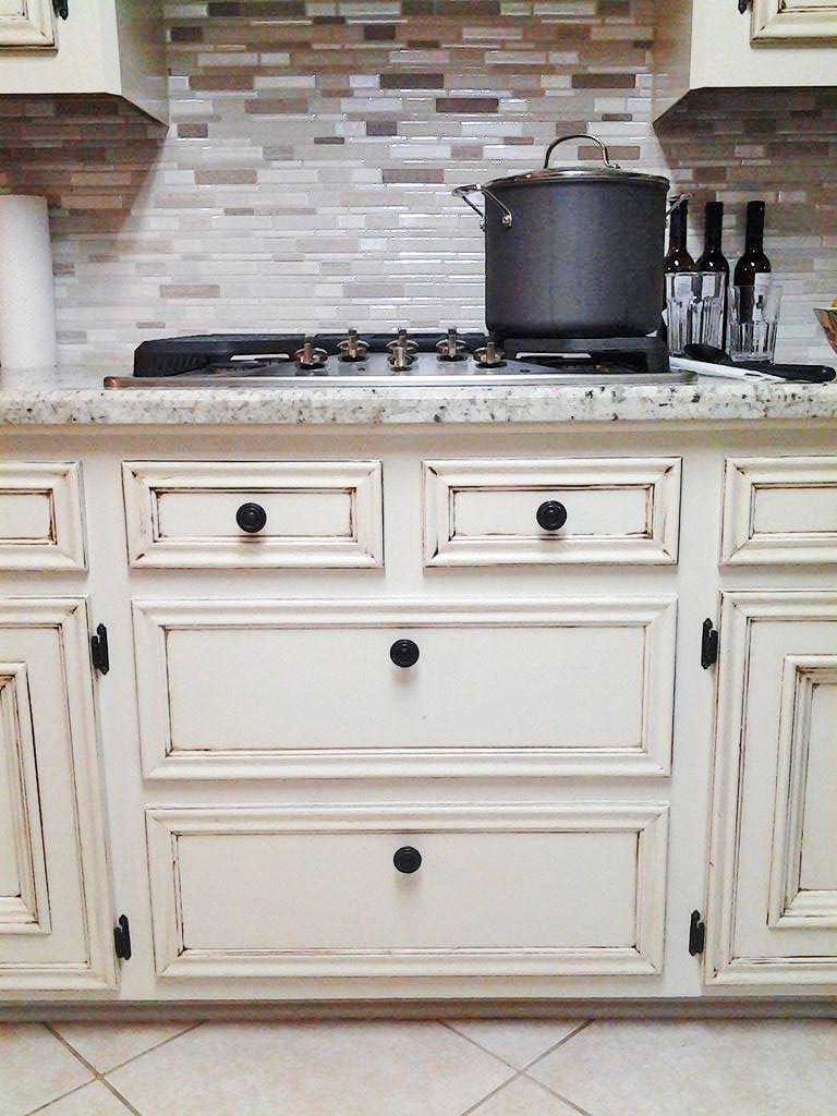 Antique White Kitchen Makeover Antique White Kitchen Cabinets Antique White Kitchen Stained Kitchen Cabinets