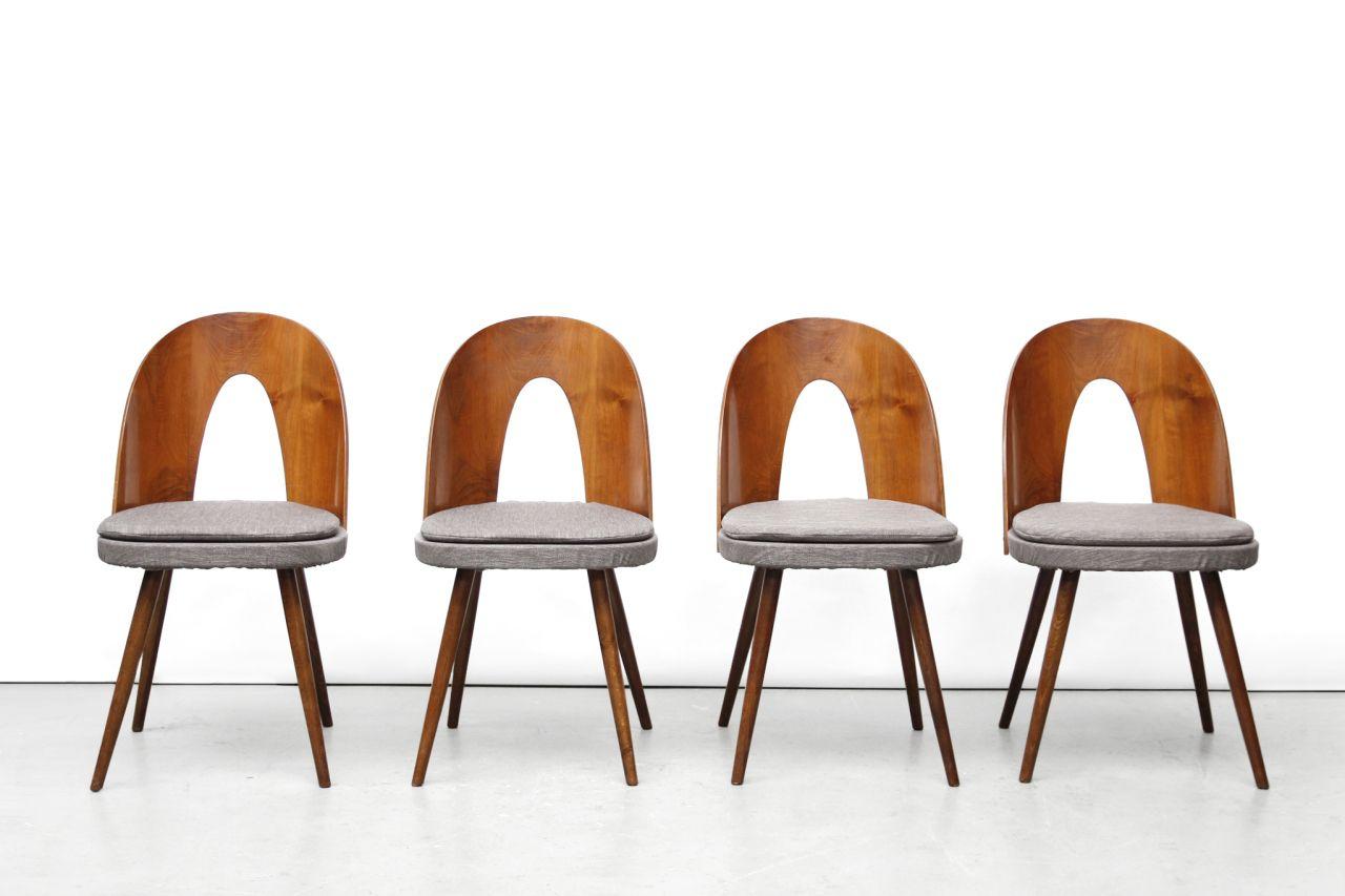 Zes vintage antonin suman eetkamer stoelen model tatra van ons