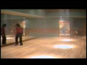 Michael Jackson dancing in his studio (amazing moonwalk) RARE - YouTube