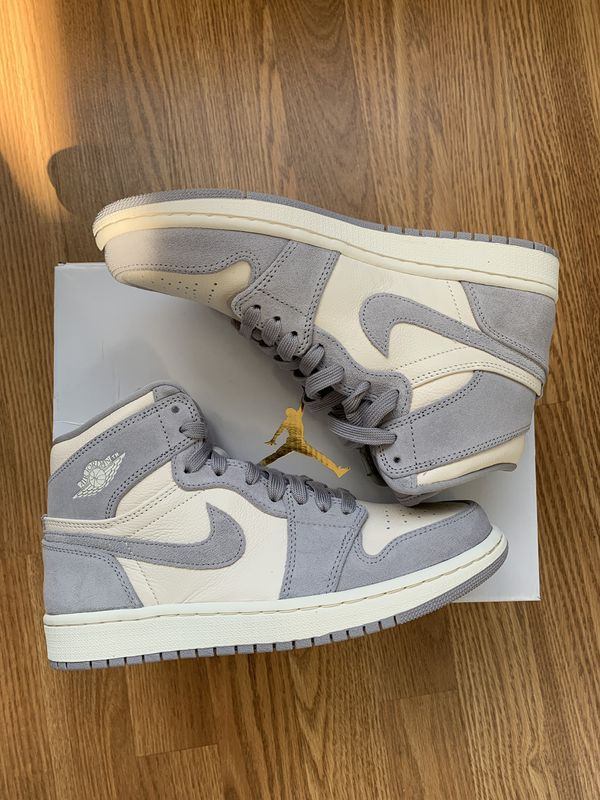 Women's Air Jordan 1 Retro Pale Ivory - Size 8 for Sale in ...
