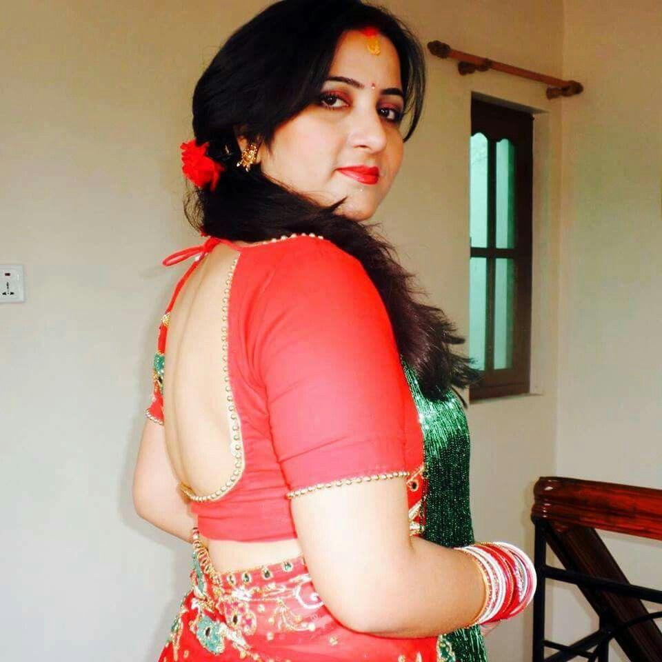 Sexy Wife In Saree