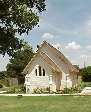 The st paul historical chapel by the garden arts center in lubbock texas i just like this for Garden center st paul