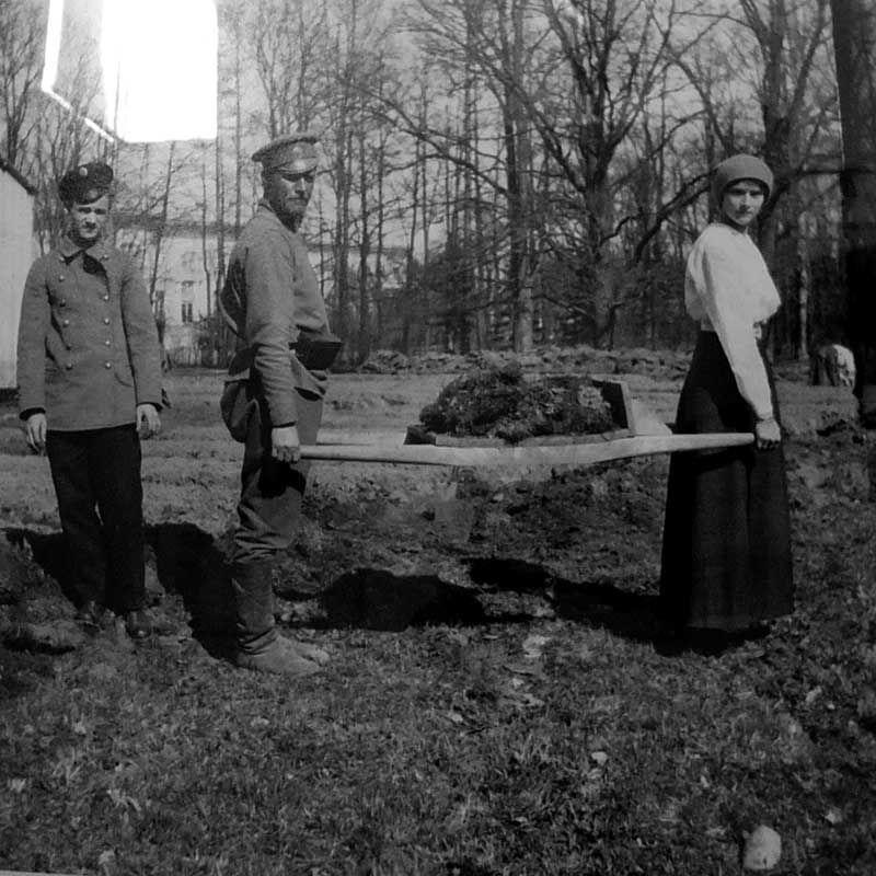 Tatiana working in the garden during captivity, Tsarskoe Selo, spring 1917