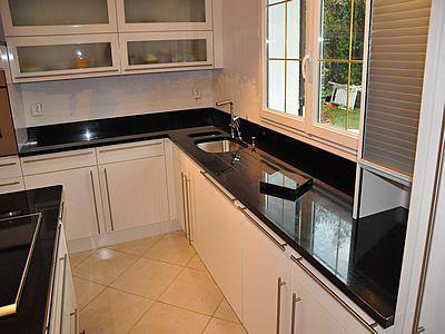 plan de travail en granit noir zimbabwe finition polie cuisine 12 cf pinterest granit noir. Black Bedroom Furniture Sets. Home Design Ideas