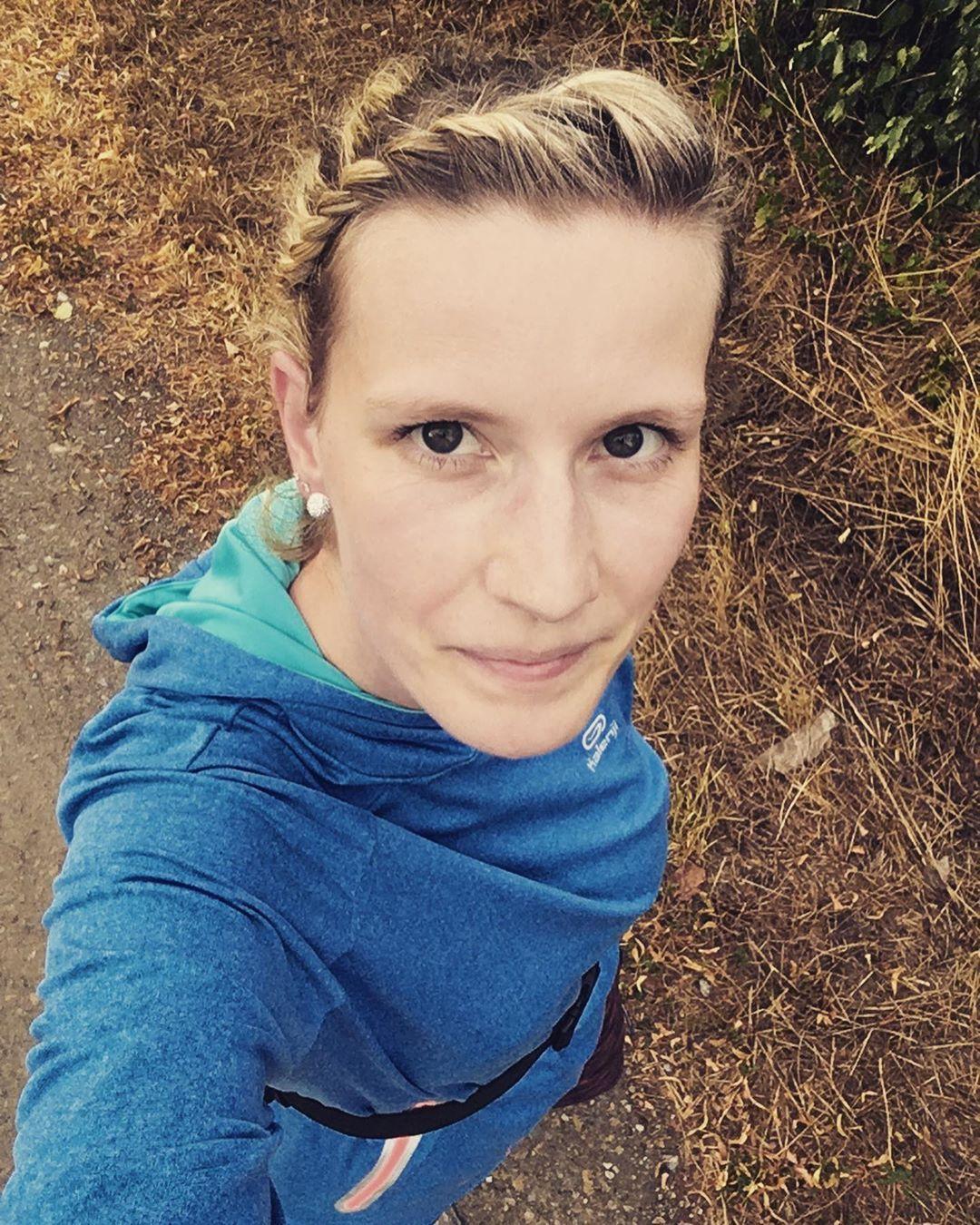 Erster kleiner Lauf nach 2 Wochen nach dem Regen 🌧  War sehr angenehm frisch ☺️🏃🏼♀️ * * #laufen...
