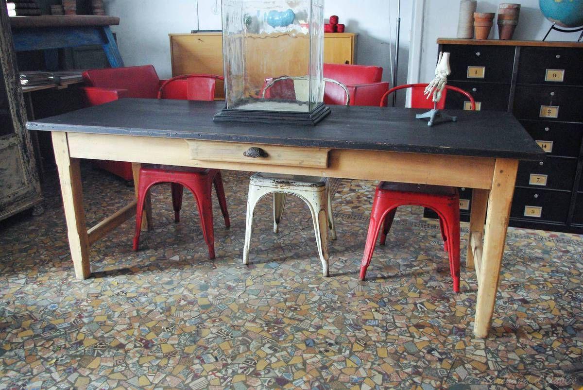 Envie Deco 3 Moderniser La Table De Meme Huguette Table Salle A Manger Salle A Manger Bois Table Repeinte