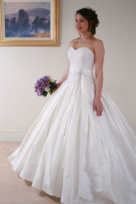 1000  images about Wedding dress on Pinterest  Sleeve Plus size ...