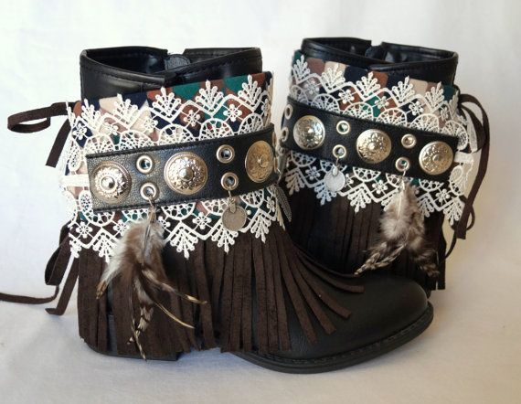 Native American fringe boot covers-Boho boot covers -Gypsy boot cuffs-70' clothing-Hippie boot cuffs-Boot socks-Ethnic boot cuffs #bootcuffs