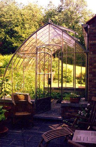 Serre De Jardin Avec Images Serre Jardin Jardins