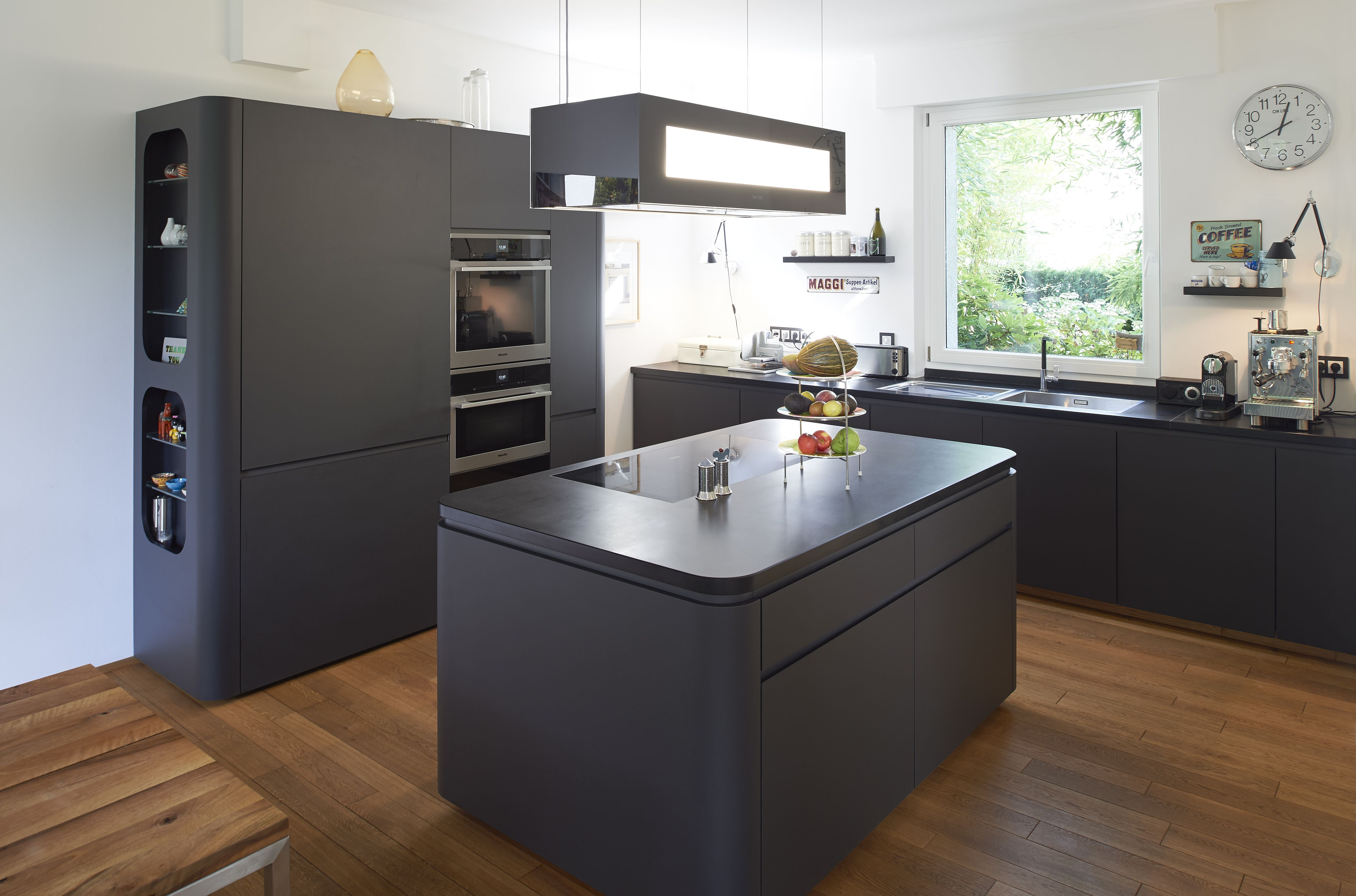 Ein Traum in schwarz! Wer hätte gedacht, dass eine schwarze Küche so ...