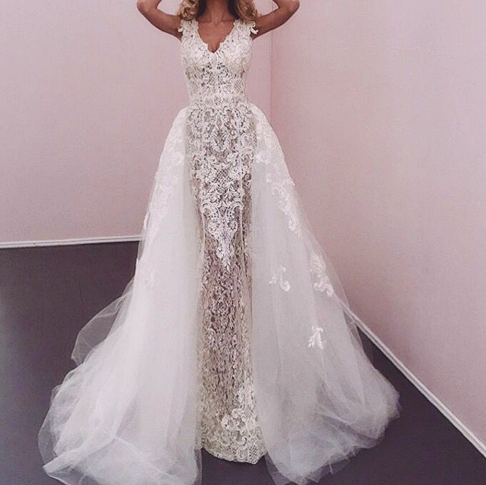 Altar Wedding Dresses: Beautiful Wedding Dress And Detachable Bridal Skirt
