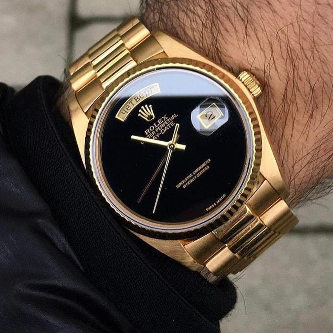 1 220 Likes 9 Comments Tg Thetruegentlemenclub On Instagram Beauty In Black Via Alekswatches W Luxury Watches For Men Watches For Men Vintage Watches