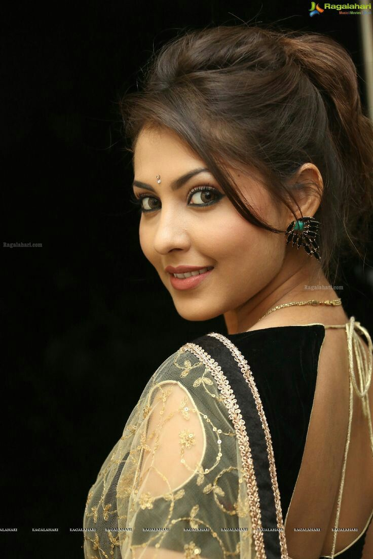 Madhu Shalini Nude Photos Classy madhu shalini ad actress | cute indian ad girls | pinterest