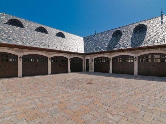 A Definite Mansions Garage House Luxury Garage