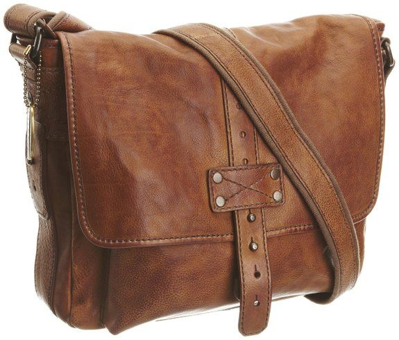 Fossil Commuter Bag - a stylish rustic vintage leather with zip pocket and buckle. Perfect for all those travel essentials.  http://www.travelpresents.co.uk/#!travel-gifts-for-commuters/ckvw