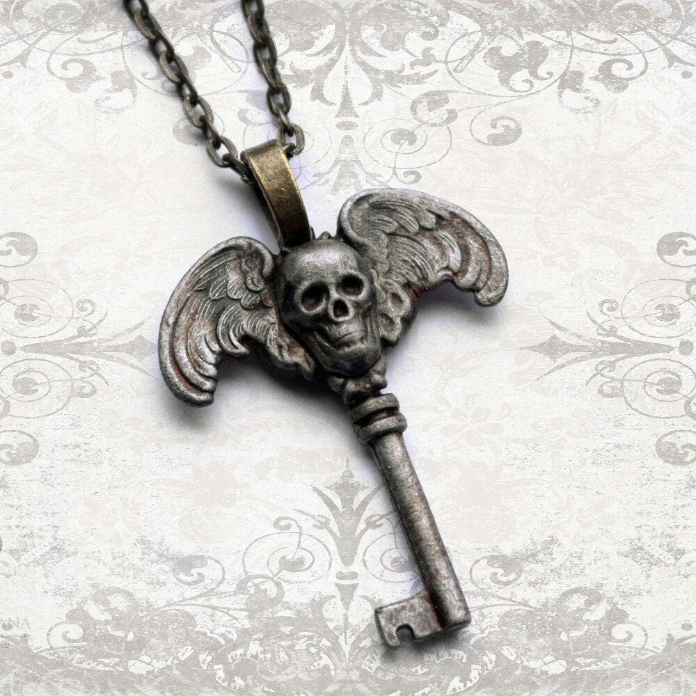 Lots of new pieces in this week including this skull key pendant.