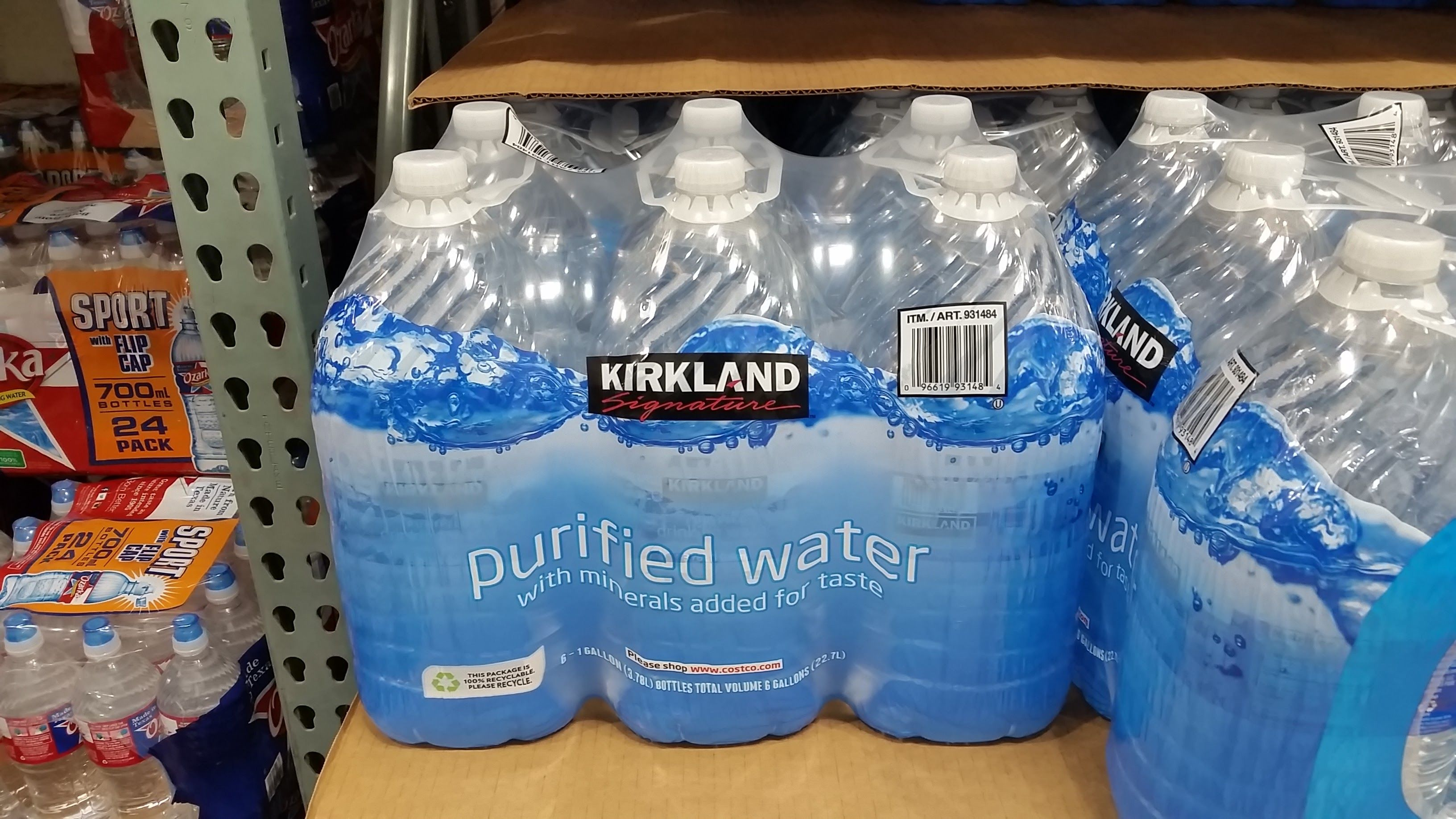 Single gallon waters  Pack of 6 sold at Costco  To fill up 5