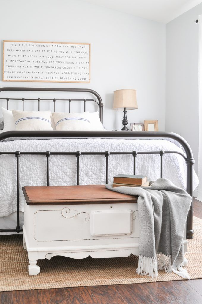 Ten antique inspired affordable metal bed frames for less than $300 a piece! Love the look of vintage iron beds, and these are great duplicates for cheap! #bed #bedroom #ironbed #metalbed #shopping #farmhousestyle #decorating #farmhousedecor