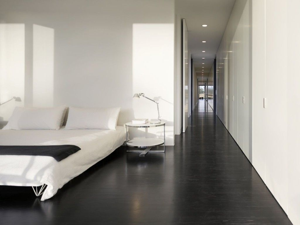 5 room hdb master bedroom design   Timeless Black And White Bedrooms That Know How To Stand Out