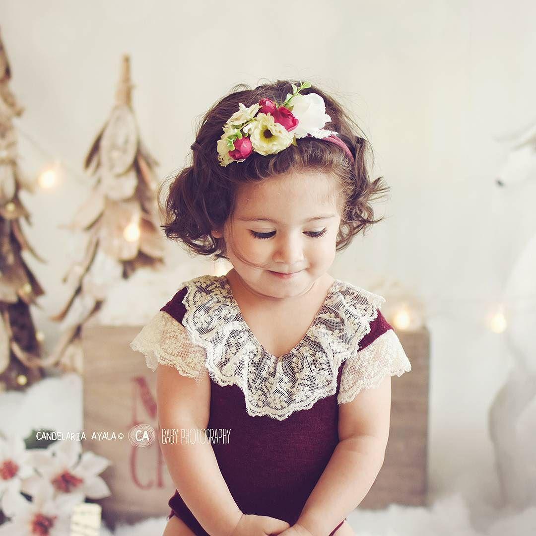 Mmm..que me traerá Papá Noel  CANDELARIA AYALA BABY PHOTOGRAPHY SESIONES NAVIDEÑAS 2017  Body y vinchita: @membrilloprops  #babiesoninstagram  #babyphotography #babyphotos #newborn #igbabies #sesionesfotograficas #babies #sesionesfamiliares #newbornphotography #candelariaayalababyphotography#buenosaires #miprimeraño #miprimerañito #promocumple #xmas #christmastime #christmas #packaging #gift #merrychristmas
