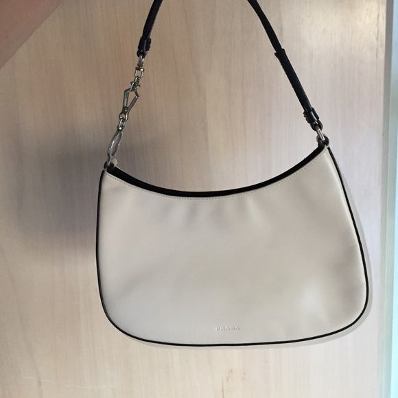 199a989304 Authentic Prada small bag Authentic Prada small bag. Price is firm Bags  Mini Bags