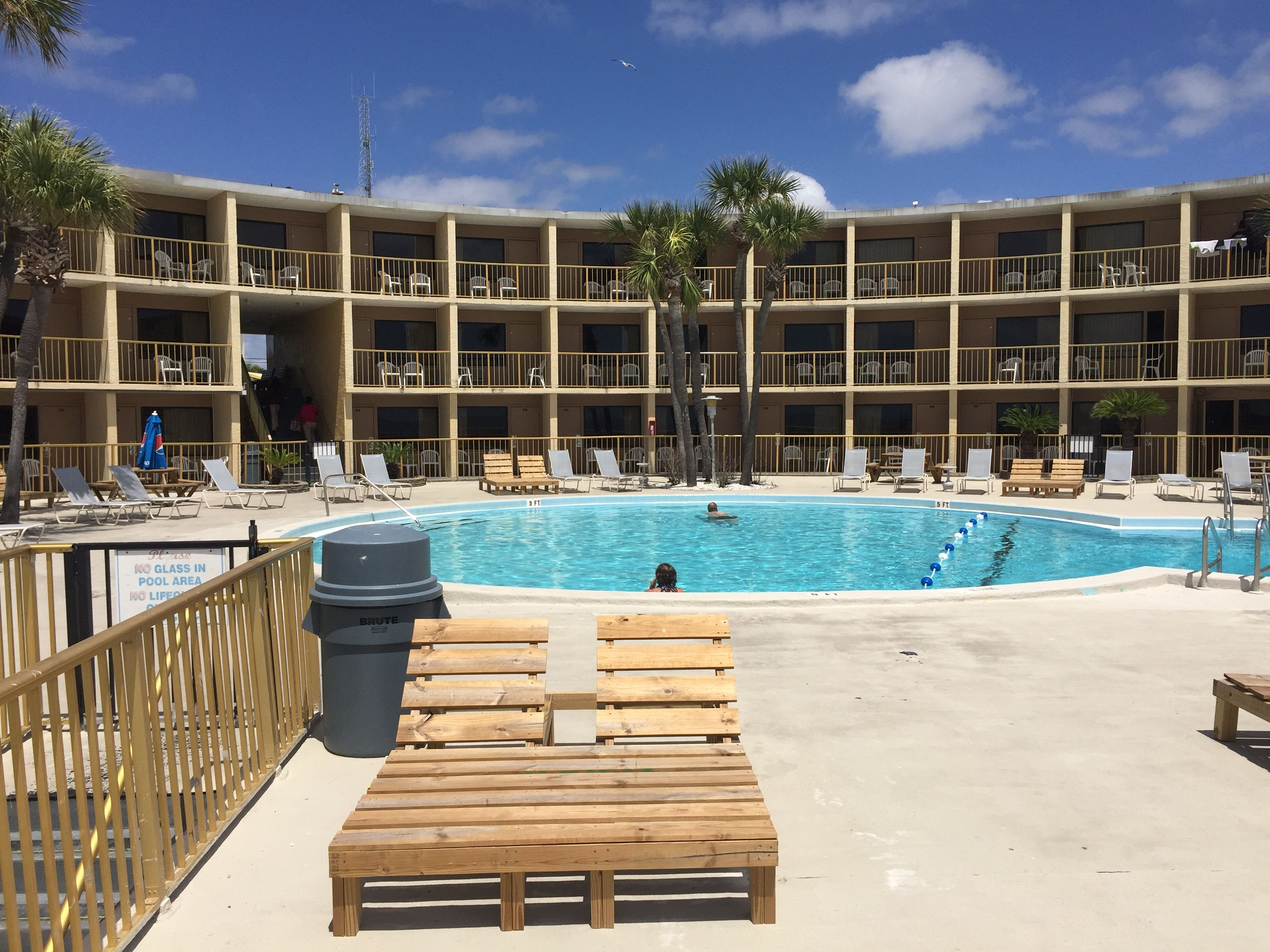 Spend All Day Alternating Between The Pool And Beach At Chateau By The Sea In Panama City Panama City Beach Resorts Panama City Beach Hotels Panama City Hotels