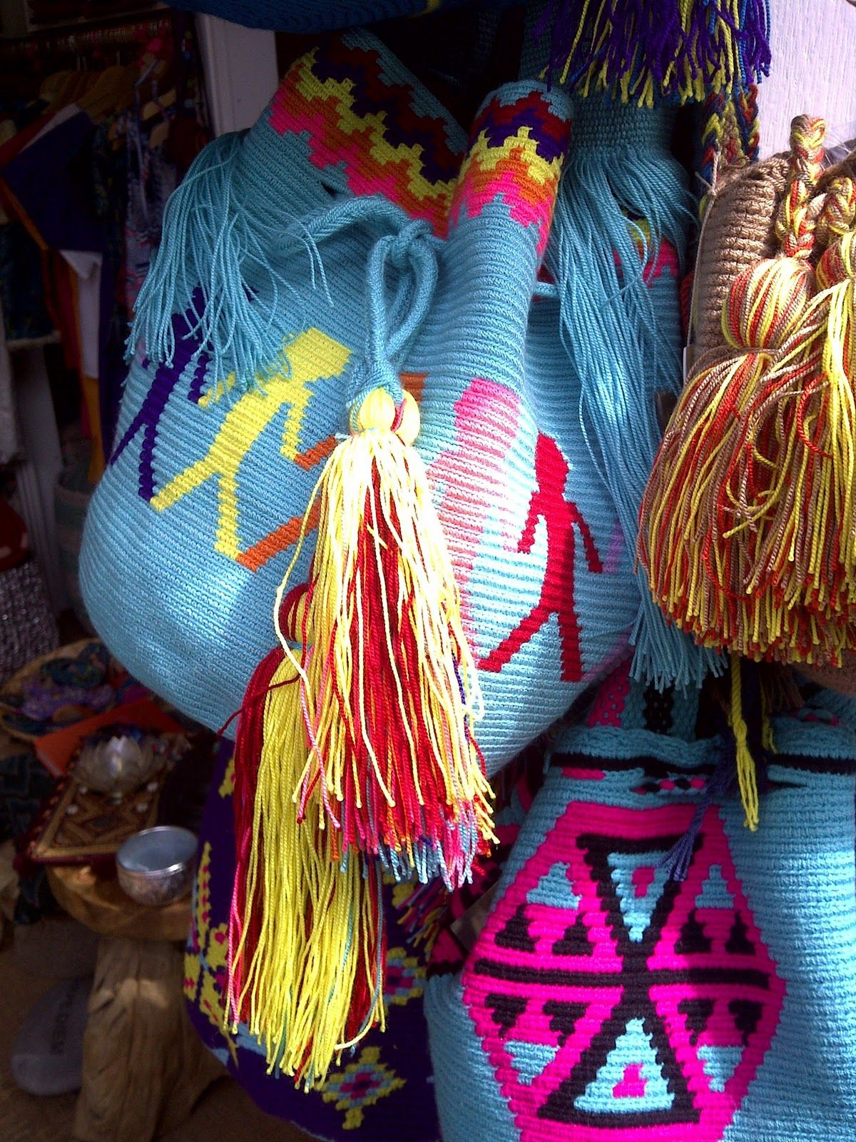 Indios Wayuu - Colômbia.   The First Ones...   Pinterest
