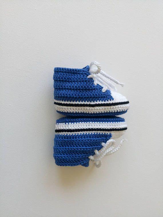 Crochet baby shoes, Crochet shoes, Baby boy shoes, Crochet sneakers ...