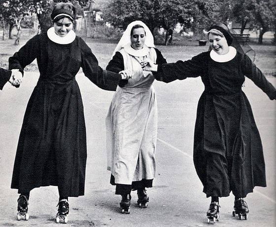NUNS HAVING FUN....PARTAGE OF CINDY COOK...