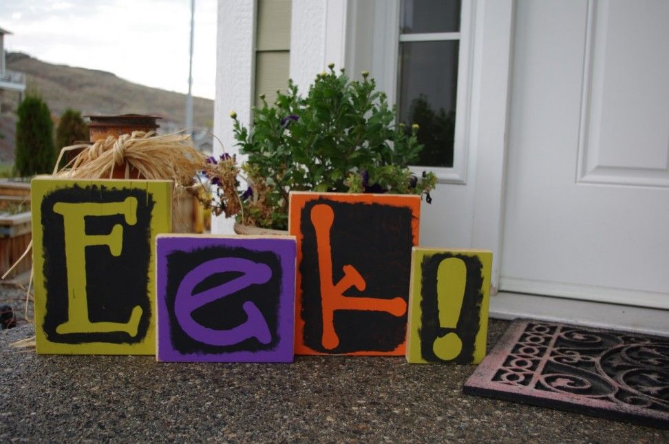 Amusing Colorful Outdoor Halloween Decoration Idea Halloween - halloween decoration themes