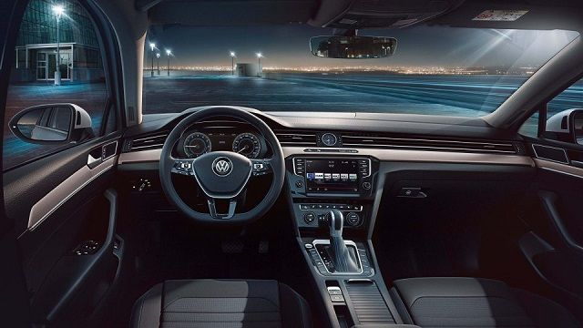 volkswagen passat gte 2018 interior concept cars group pins rh pinterest com
