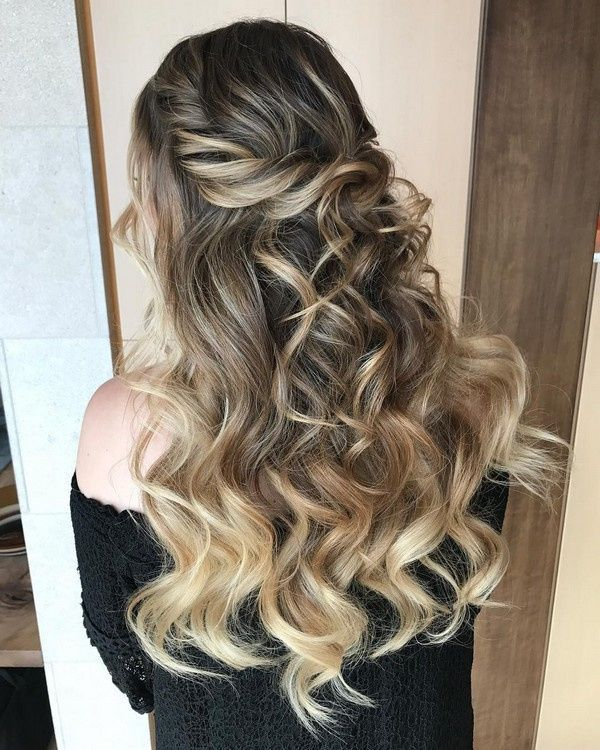 Modern Wedding Hairstyles For The Cool Contemporary Bride: Elegant Half Up Half Down Wedding Hairstyle Ideas