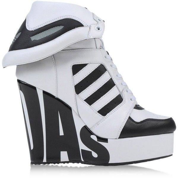 Jeremy Scott Adidas High-Tops & Trainers (465 RON) ❤ liked on Polyvore featuring shoes, sneakers, white, white hi top sneakers, wedge sneakers, white leather shoes, white sneakers and leather high top sneakers