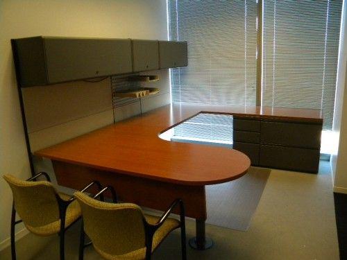 Herman Miller Desk Set With Peninsula Desk Top 2 Drawer Lateral