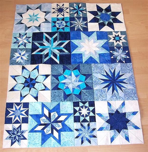 Winter Star Quilt I Like The Block Setting And The Colors This Would
