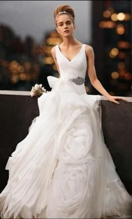 Vera Wang White Vw351029 Wedding Dress Used Size 2