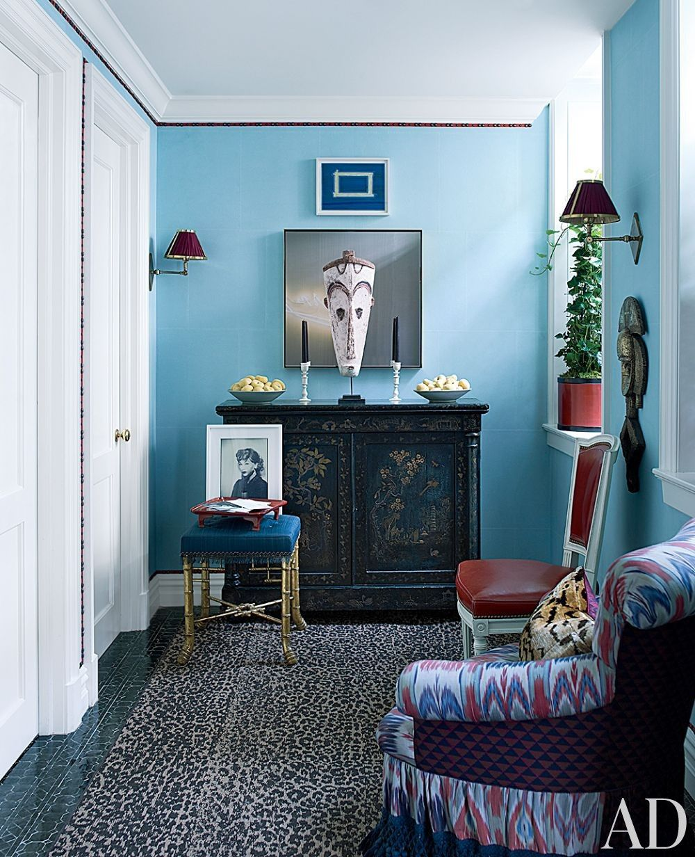Teal hallway ideas  Contemporary Entrance Hall by Bilhuber and Associates and Rietveld