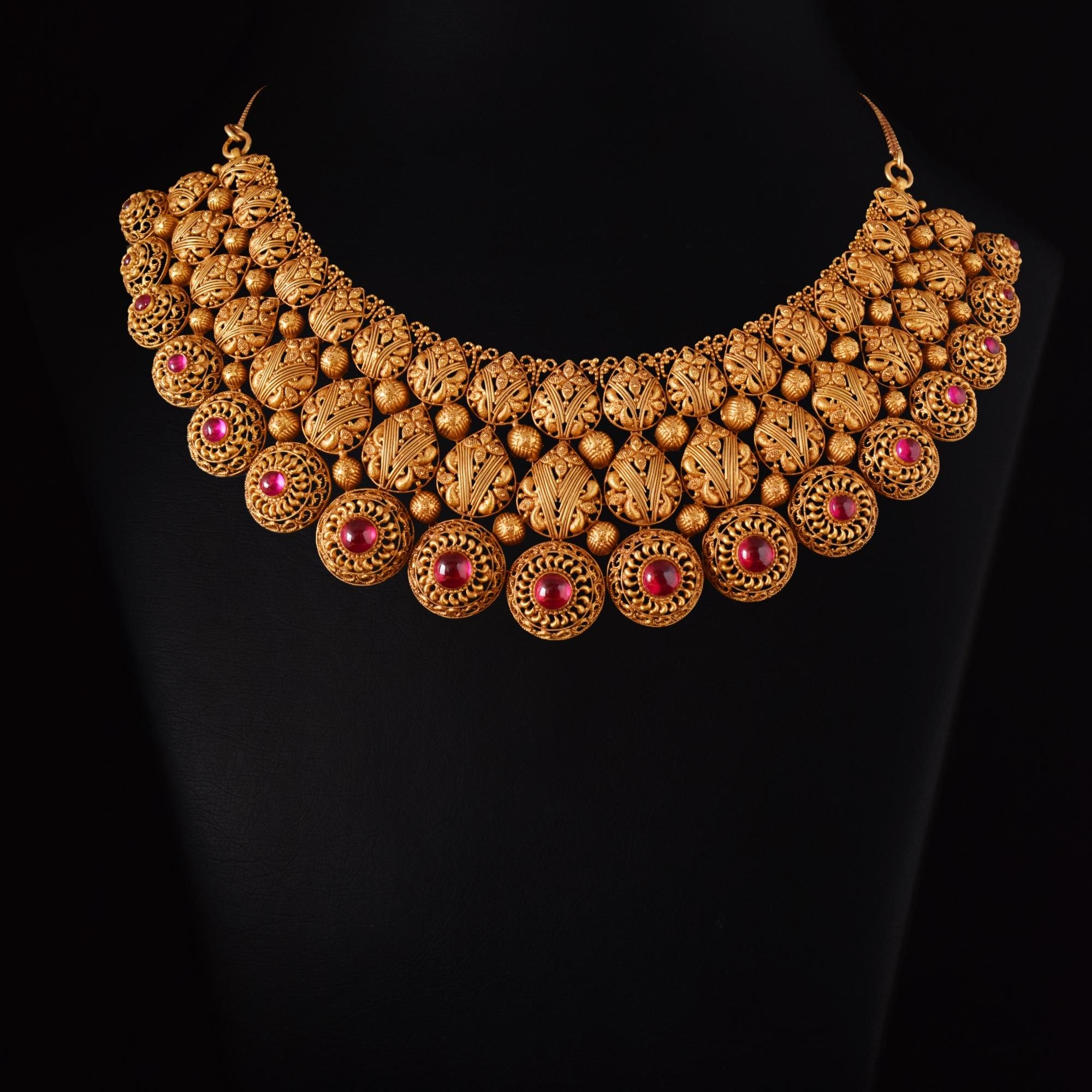 Vummidi Bangaru Jewellers | gold in 2019 | Gold choker necklace