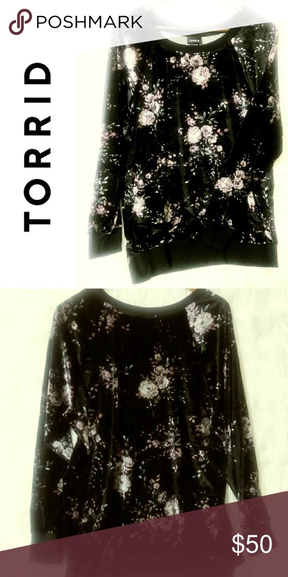 f9d2075408dd4 Torrid Velour Sweater 💖 Velvet long sleeve sweatshirt Has a mauve   purple  colored floral