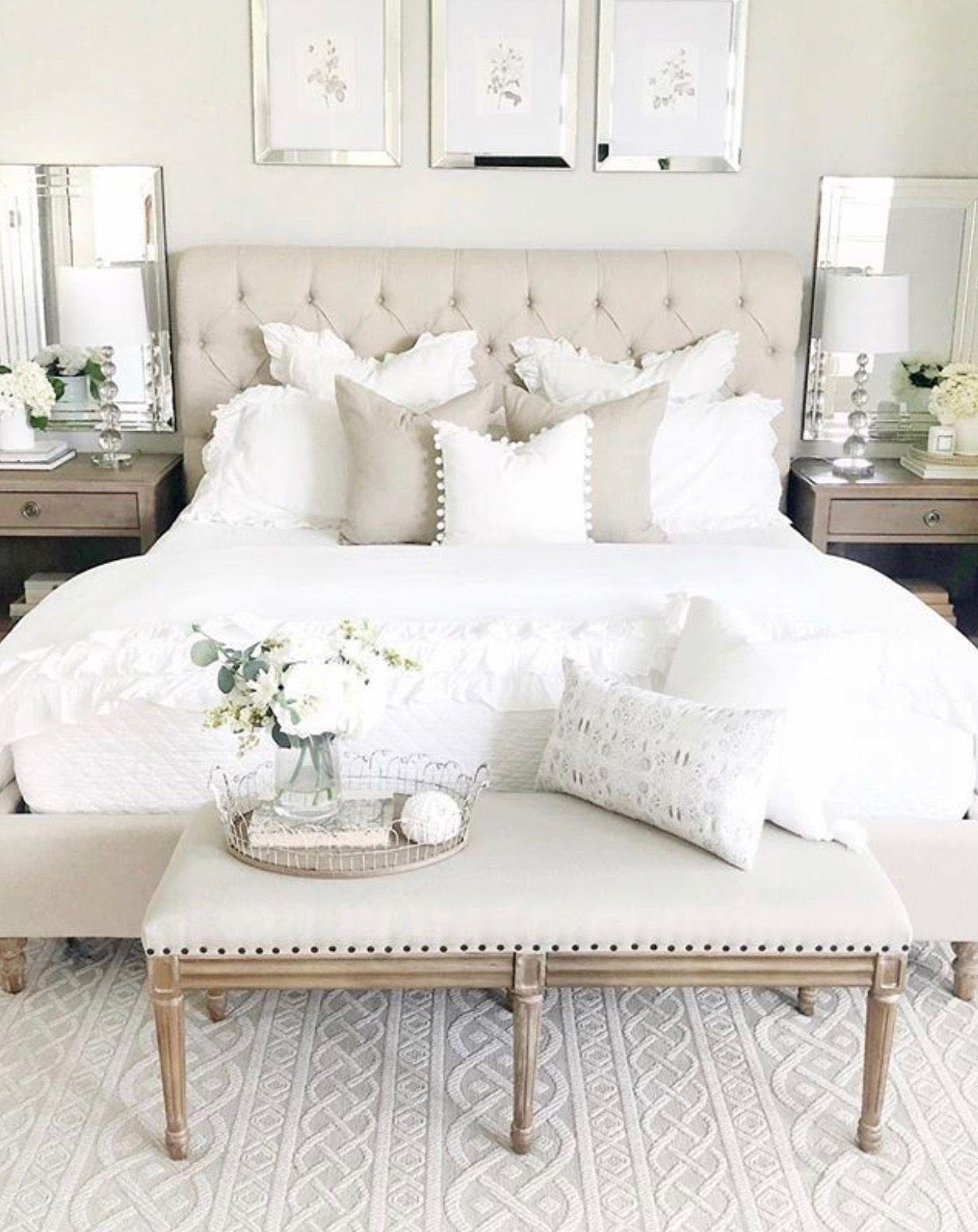 Loooove The Bench In 2020 Home Decor Bedroom Bedroom Design Master Bedrooms Decor