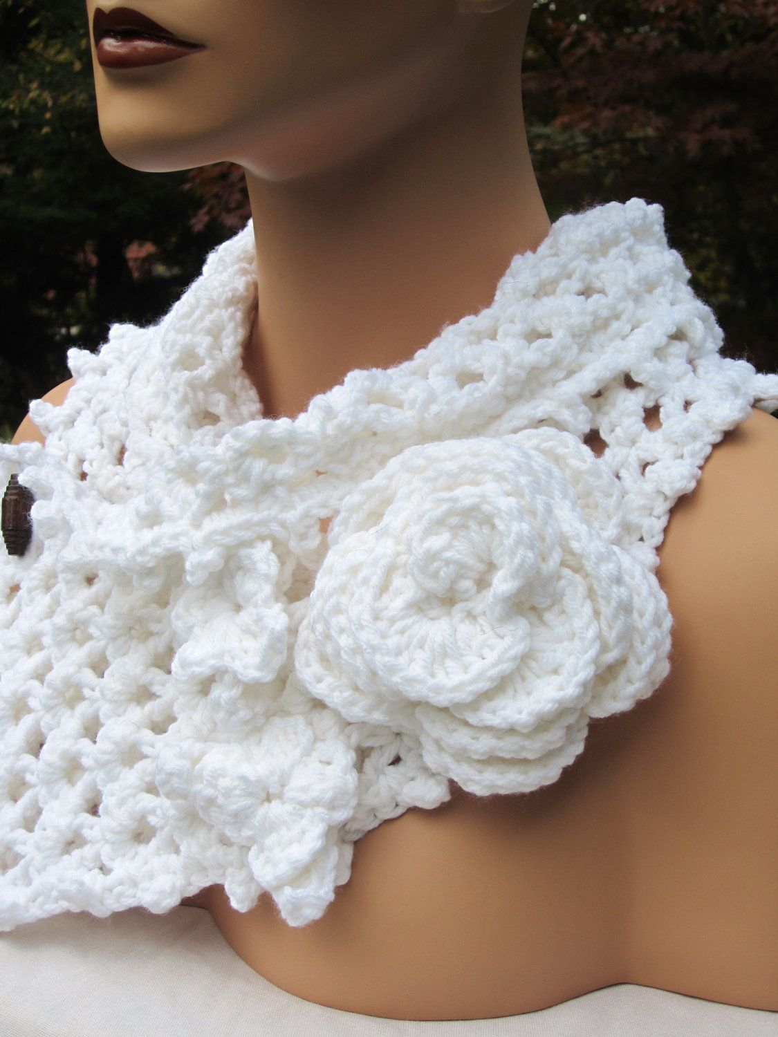 Crochet Scarflette Cowl with Roses   Crochet by EclectionsGifts, $45.00