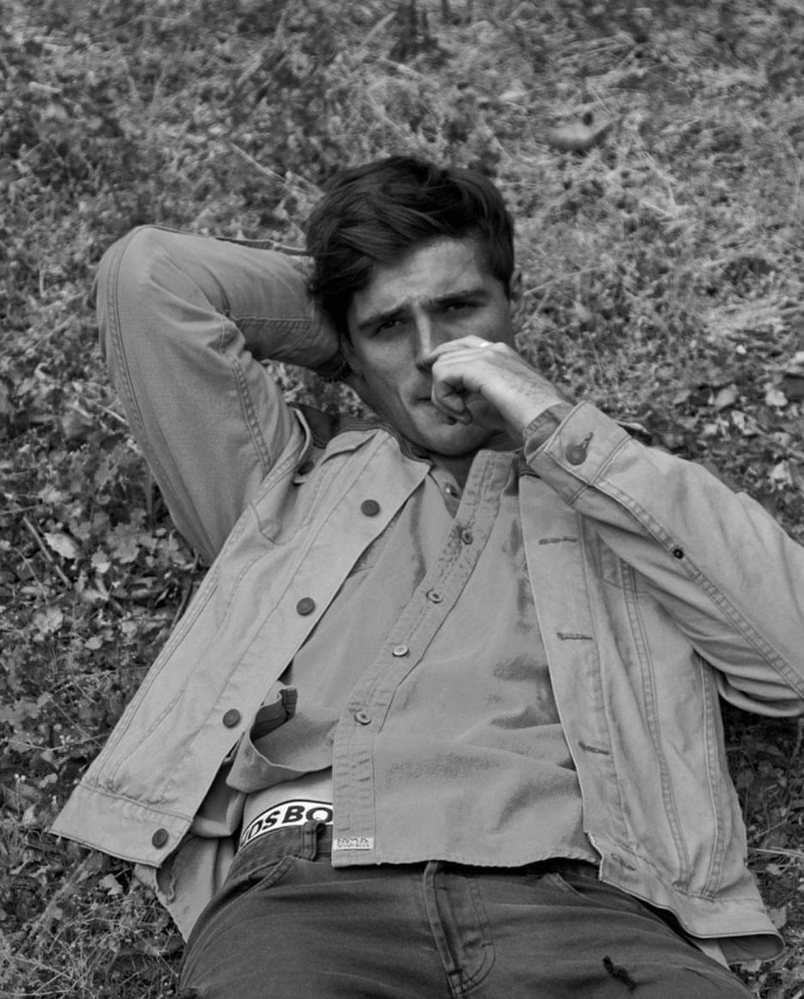 Jacob Elordi Looking Hot Com Imagens Barraca Do Beijo Filmes